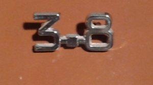 Emblème 3.8 pour JAGUAR sur le coffre arrière.  (MK10, Type E, MK2,....) Réservé ACT