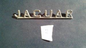 Emblème JAGUAR sur le coffre arrière pour  JAGUAR (MK2,MK10,E type,....) VENDU
