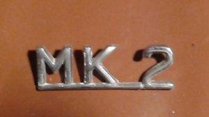 Emblème MK 2 sur le coffre arrière pour JAGUAR MK2 VENDU