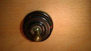 Interrupteur auto des années 30' type goutte d'eau (art déco)  VENDU