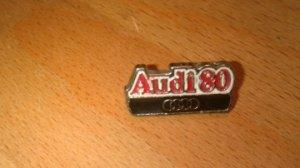Pin's AUDI 80