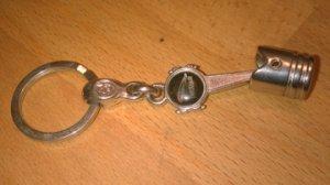 Porte-clefs JAGUAR en forme de piston et bielle datant de 1980/90